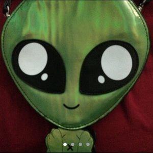 Alien purse